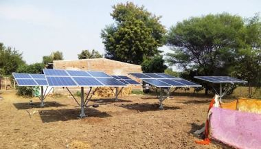 Solar power for irrigation  (Photo by International Water Management Institute)