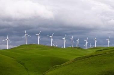 Wind turbines (toddarbini iStock.com)