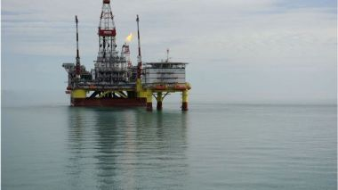 Offshore oil rig (Mikhail Mordasov, Getty Images)
