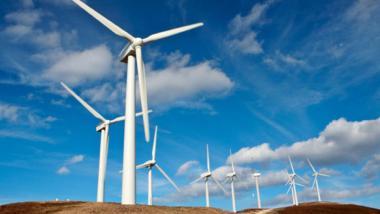 Wind curbing emissions (STV file photo)