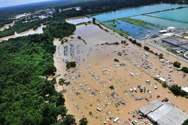 Flooded Baton Rouge (US Department of Agriculture, via Wikipedia, some rights reserved)