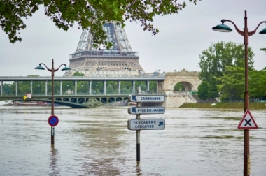 Flood in Paris (Credit: Getty Images)