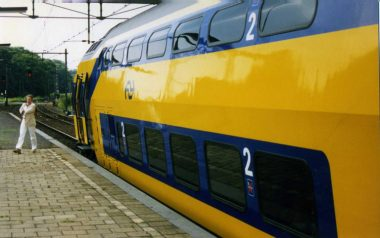 Dutch train (Image by Sludge G, some rights reserved)