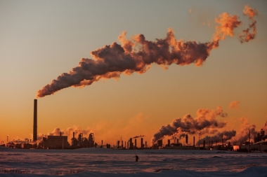 Oil sands processing in Alberta. (Credit: Kris Krug / flickr)