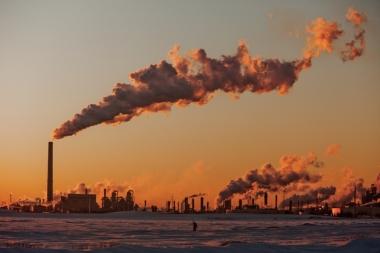 Oil sands processing in Alberta. (Credit: Kris Krug / flickr)