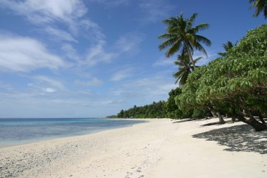 The Marshall Islands will have a PV based microgrid. (Photo: Hendrik Scholz aka. Hscholz, Wikimedia Commons)