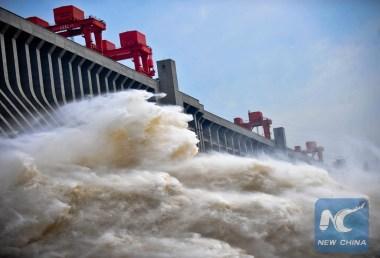 Three Gorges Dam (Xinhua / Xiao Yijiu)