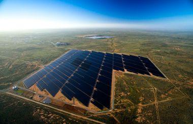 Broken Hill solar plant, in South Australia (Jeremy Buckingham, Wikimedia Commons)
