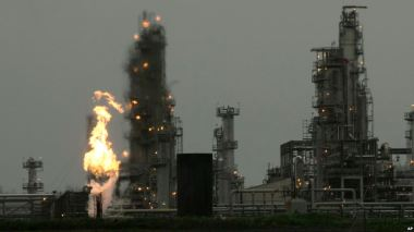 Flaring gas at an oil refinery in Washington