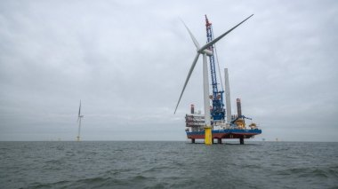 Offshore wind installation (Statoil image)