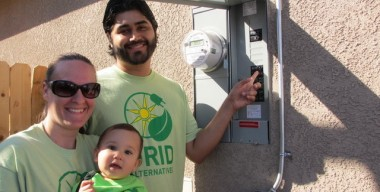 Neighbors with solar (Courtesy of Grid Alternatives)
