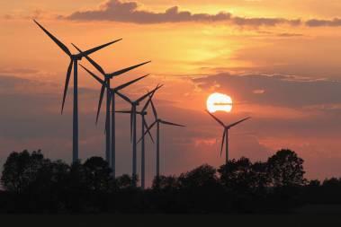 Wind farm (Photo: Sean Gallup / Getty Images)
