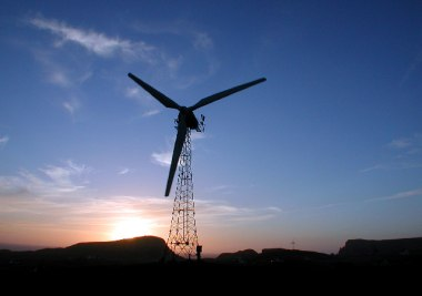 Wind turbine, Fair Isle (Dave Wheeler, Wikimedia Commons)