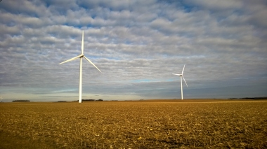 Minnesota wind turbines (photo: Michael Janke)