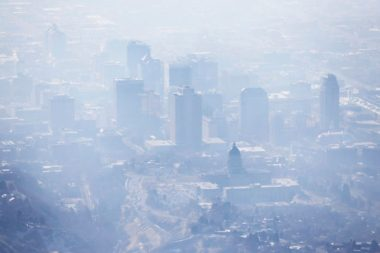 Smog covering Salt Lake City (Ravell Call/The Deseret News via AP, File)