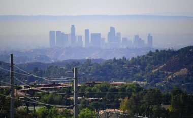Los Angeles smog (Frederic J. Brown | AFP | Getty Images)